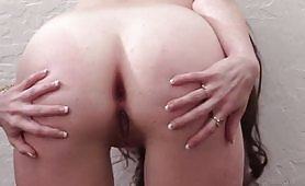 Slutty brunette lets her asshole open in a very exciting anal porn video in which the whore is buggered in various sexual positions on the sofa when she gives her round ass and enjoys the deep anal penetrations.