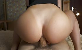 Anal creampie with a very perverted beautiful slut who lets her asshole get screwed all the way by her partner with his big and hard cock until her ass gets filled with a lot of hot cum all inside.