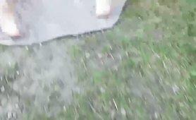 একজন শৃঙ্গাকার লোকের সাথে হট আউটডোর যৌন দৃশ্য যারা এই সেক্সি দুশ্চরিত্রাটি পিছন থেকে শুরু করে। সে তার শক্ত মোরগটিকে সমস্ত তার ভিতরে ডুবিয়ে দেয় এবং ততক্ষণ তাকে তীব্রভাবে চোদা দেয় যতক্ষণ না এটি তার গুদে insideুকছে।